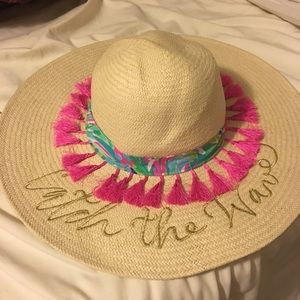 NWT - Catch the Wave Lilly Pulitzer hat e874f64b3454